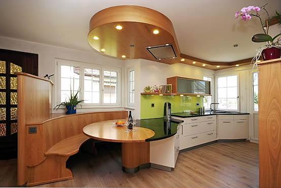 brender mehr raum f r ideen k che 9 k che mit kochinsel und integriertem essbereich. Black Bedroom Furniture Sets. Home Design Ideas